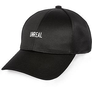 Black 'unreal' cap