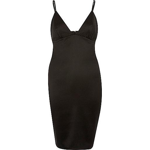 Mini robe moulante noire à décolleté plongeant