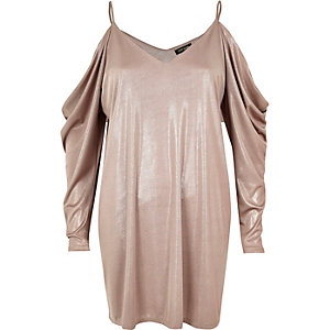 Metallic pink ruched cold shoulder dress