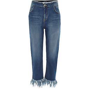 Blue wash frayed cropped boyfriend jeans