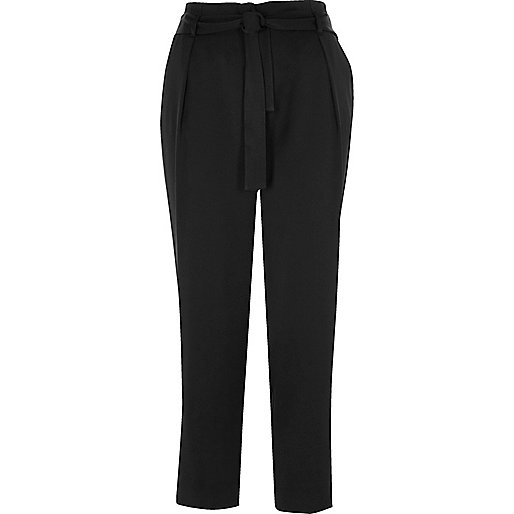 Black soft tie tapered pants