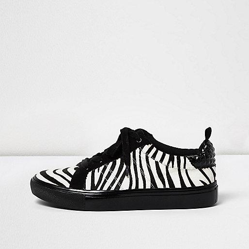 Baskets lacées noires à imprimé zèbre