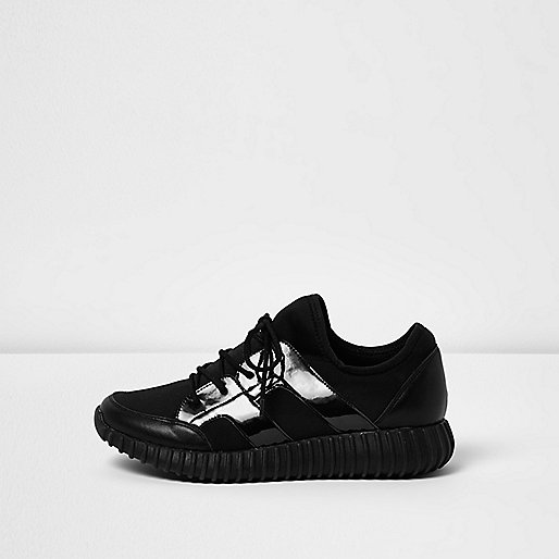 Black ribbed patent panel sneakers