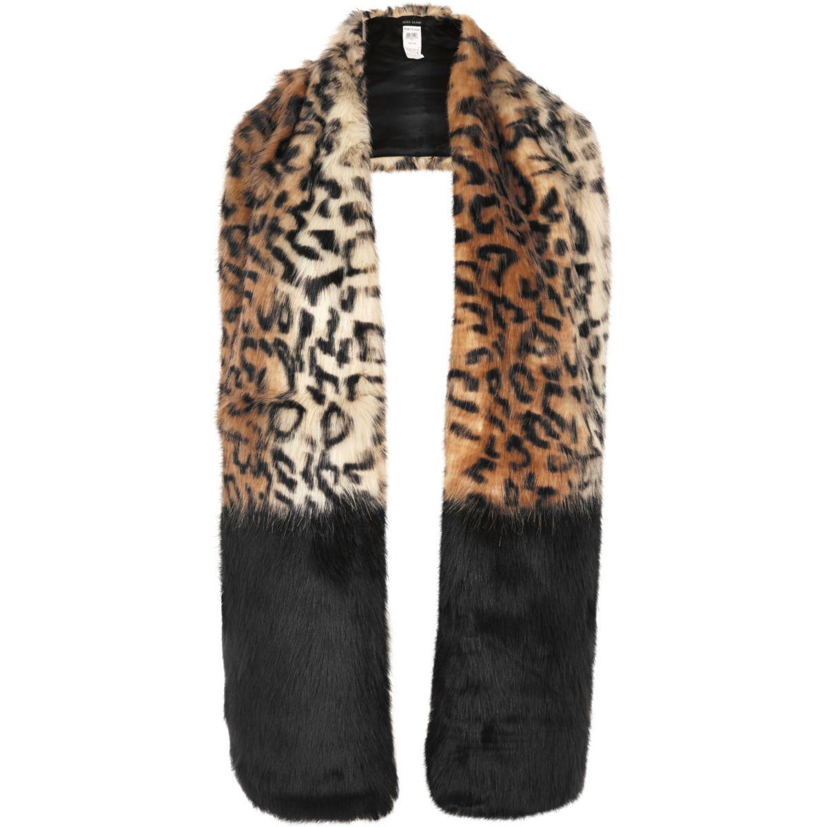 Étole marron à imprimé léopard