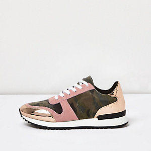 Pink camo patent panel trainers