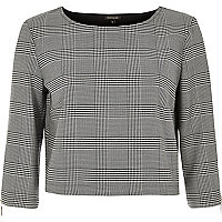 Black houndstooth print grazer top
