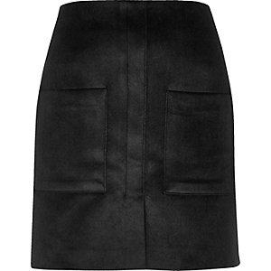 Black velvet pocket mini skirt