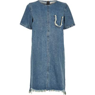 Blaues t shirt kleid