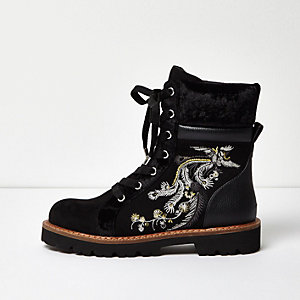 Black embroidered panel utility boots