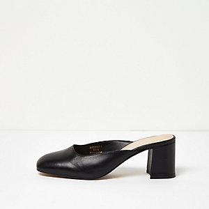 Black leather round toe mules