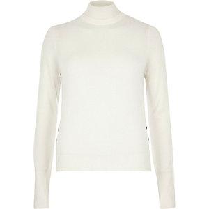 Cream knit turtleneck sweater