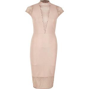 Roze jurk met col en mesh paneel