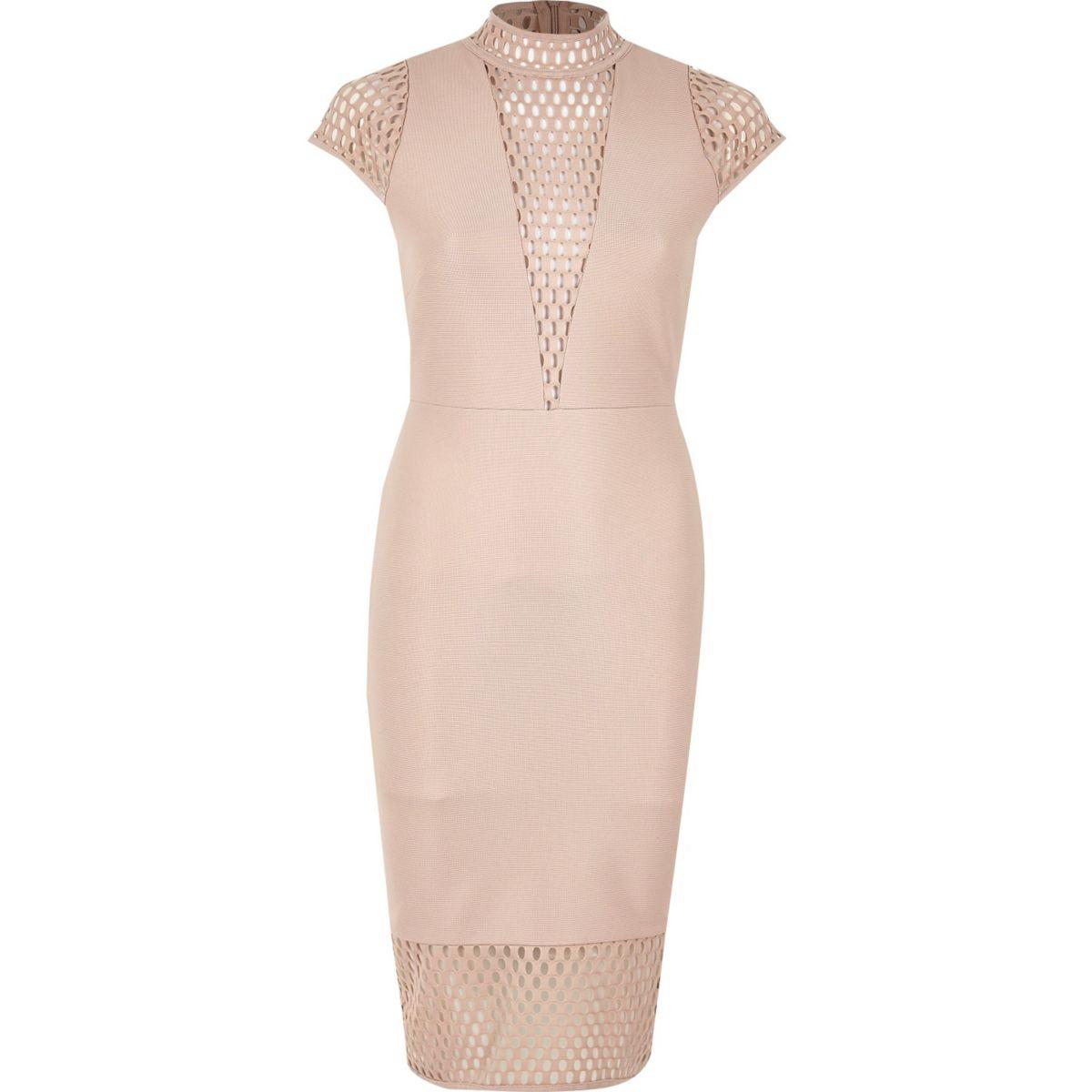 Pinkes Kleid mit Rollkragen