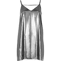 Silbernes Trägerkleid mit Riemchendesign