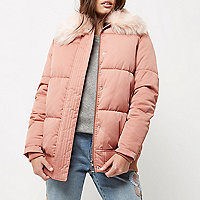 Petite pink puffer coat with faux fur trim