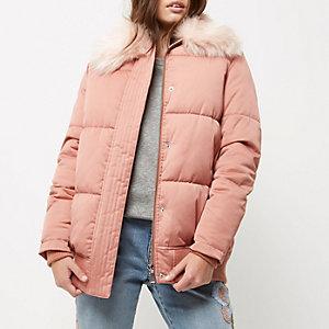Petite pink puffer coat with faux fur trim