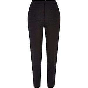 Pantalon habillé noir fuselé coupe slim