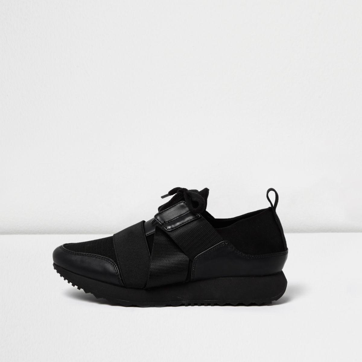 Black elastic runner sneakers