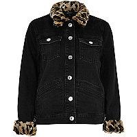 Schwarze Jeansjacke mit Kunstfellbesatz