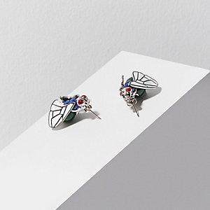Green Design Forum fly stud earrings