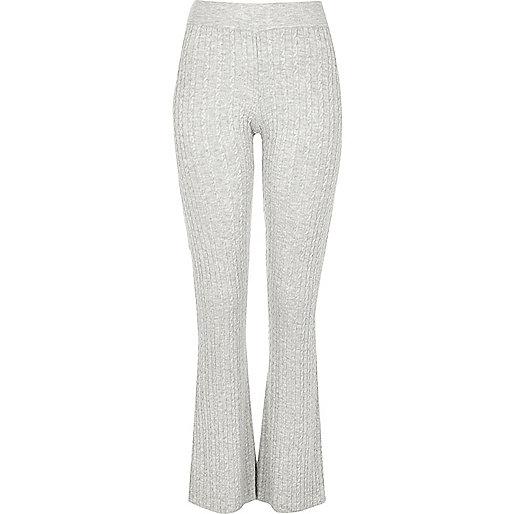 Pantalon évasé en maille torsadée gris