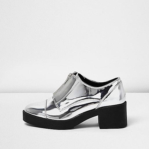 Silver zip front platform shoe