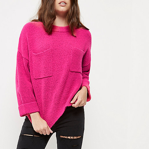 Petite pink patch pocket grazer top