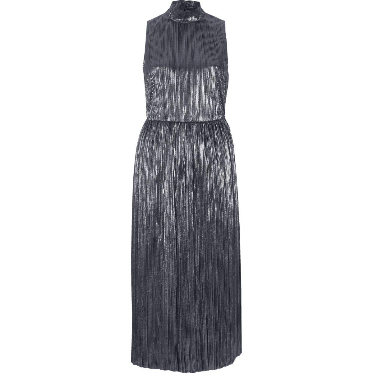 Robe mi-longue argentée plissée à col cheminée