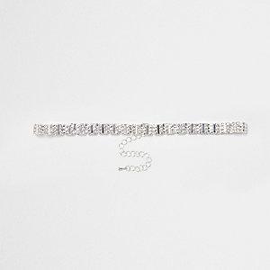 Zilverkleurige chokerketting met vierkant siersteentje