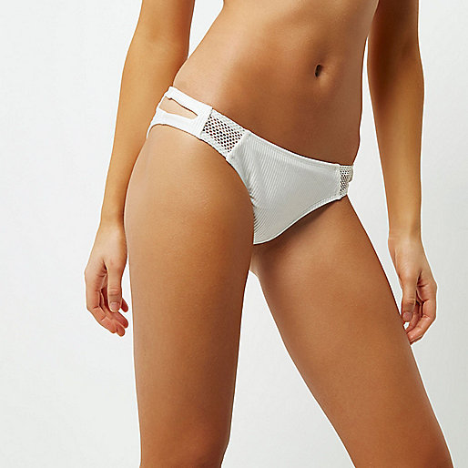 White ribbed sporty bikini briefs