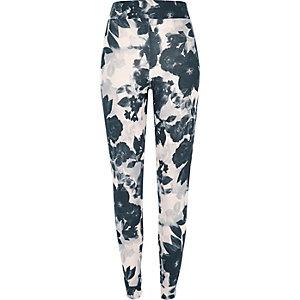 Black midsummer print pyjama bottoms