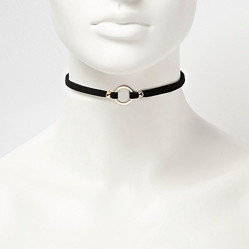 Black suede circle choker