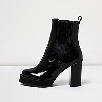 Black patent leather heel Chelsea boots