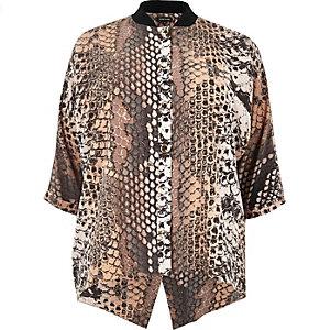 Plus pink print popper shirt