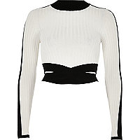 Black and white ribbed turtleneck crop top