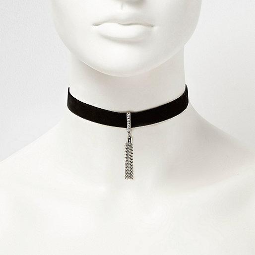 Ras du cou chaîne et pendentif noir