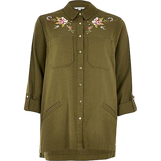 Veste chemise brodée à fleurs vert kaki