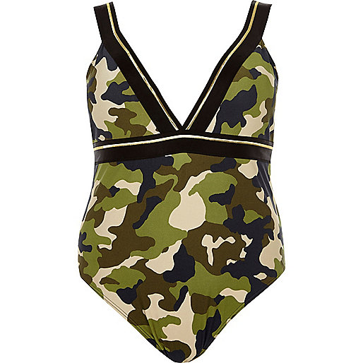 Maillot une-pièce Plus kaki à imprimé camouflage et décolleté plongeant