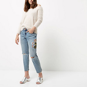 Petite blauwe smaltoelopende geborduurde jeans met bloemenprint