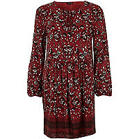 Rotes, langärmliges Swing-Kleid mit Blumenmuster