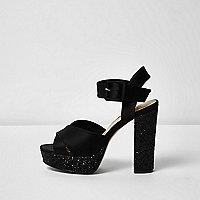 Sandales noires pailletées à talons et plateforme