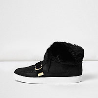 Black faux fur trim hi tops