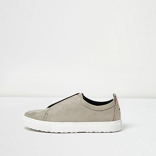 Grey slogan heel print plimsolls