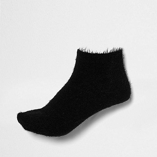 Black fluffy ankle socks