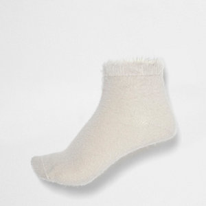 Cream fluffy ankle socks