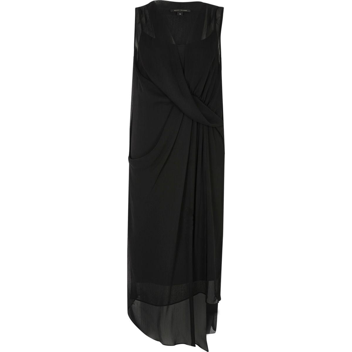 Robe évasée noire drapée sur le devant