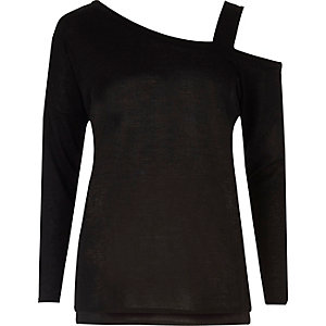 Black knitted asymmetric one shoulder top