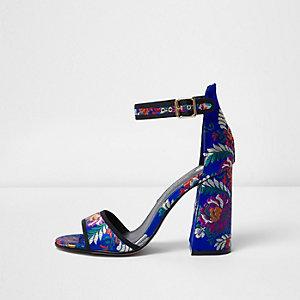 Blauwe sandalen met blokhak en print