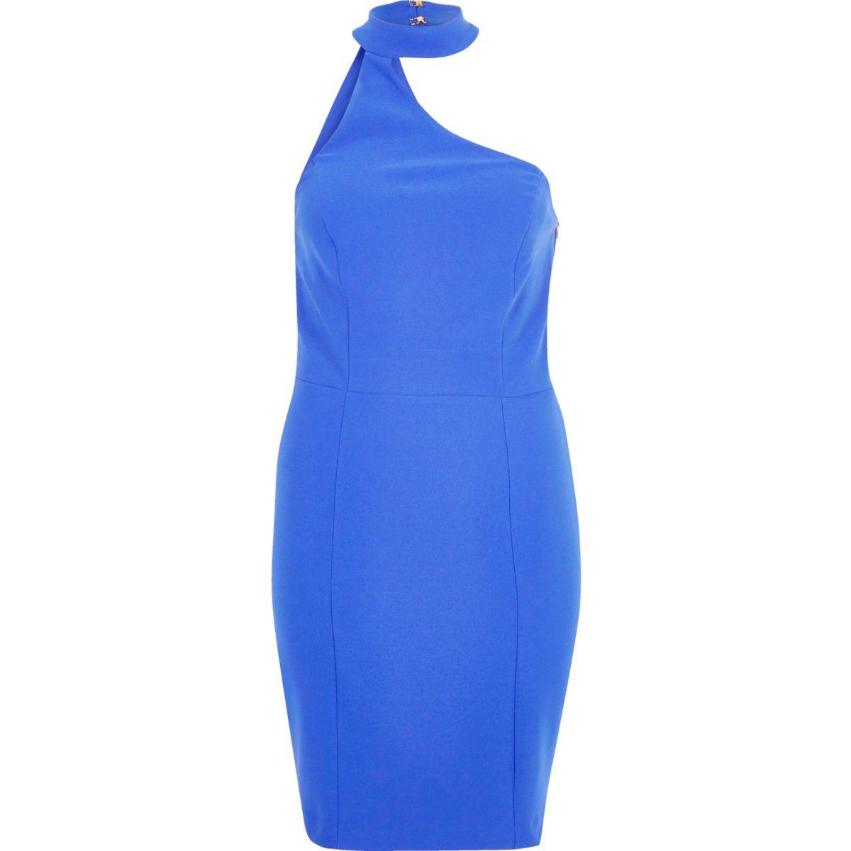 Robe bleue à encolure asymétrique et tour de cou