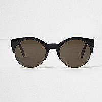 Zwarte zonnebril met rookgrijze glazen